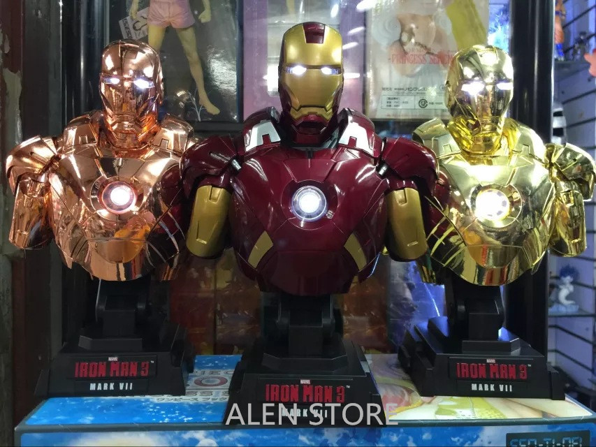 ALEN Iron Man Light Bust Action Figure 1/7 scale painted figure Iron Man MK7 Bust Doll PVC ACGN figure Brinquedos Anime 23CM