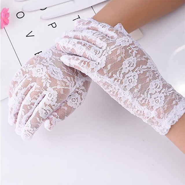 1Pairs New Party Sexy Dress Gloves Women Lady Lace Mittens Accessories Sunscreen Summer Full Finger Girls Lace Fashion Gloves 4