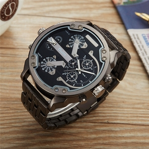 Image 4 - Oulm Two Time Zone Big Dial Japan Quartz Military Watches Men Luxury Brand Steel Wristwatch Male Military Watch Golden Hours