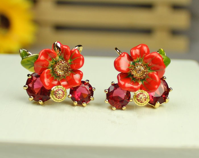 France Dyxytwe Luxury Noble Red Flower Gem Stud necklace For Women Elegant Party Jewelry