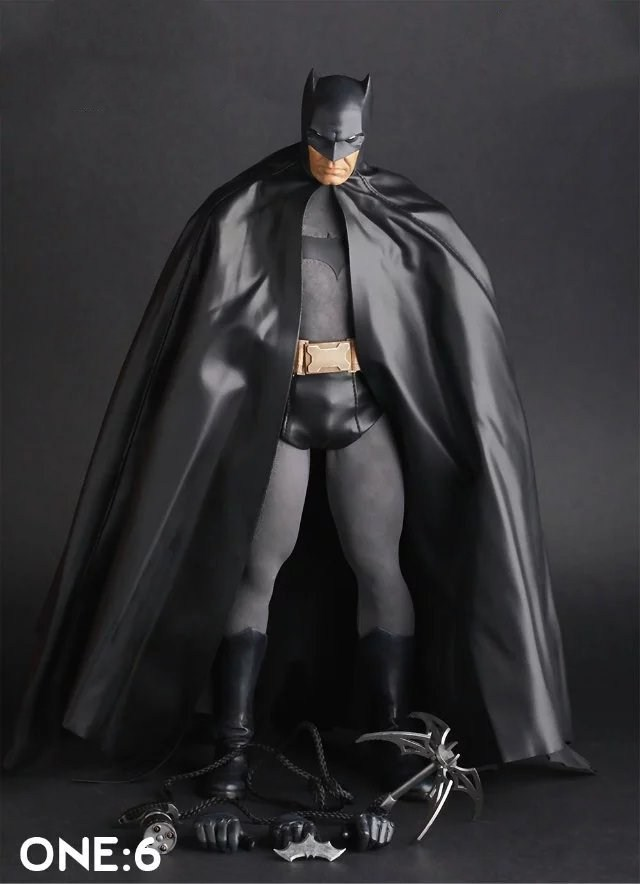 Huong Movie Figure 30CM Batman 1/6th Scale PVC Figure Collectible Model Toy Gift