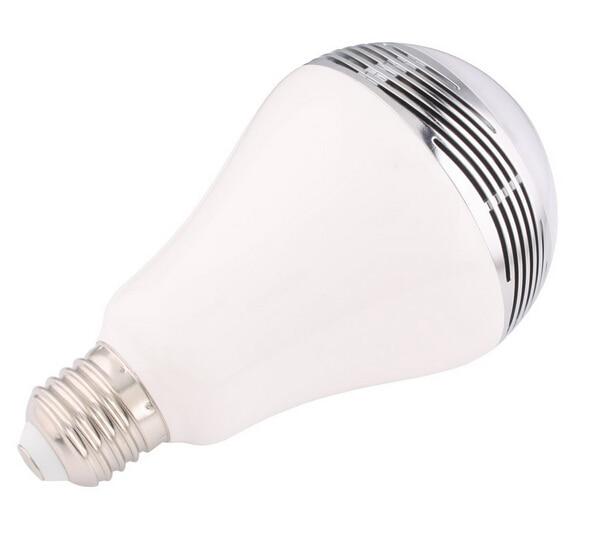 Ampoule led lampada led Smart ampoules 6 W RGBW changement de couleur ajuster 2.5G 85-265 V ampoules avec Wifi télécommande pour iPhone Android