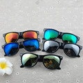 Das mulheres do Vintage homens óculos de sol UV400 óculos de sol Retro espelhado moda 5 cores feminino masculino óculos