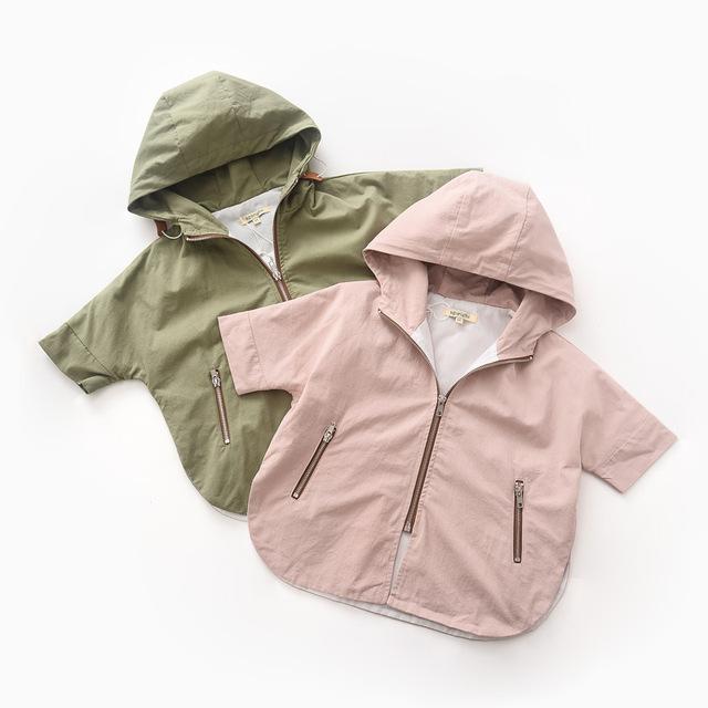 2016 Outono Meninas Do Bebê Impresso leões trench coat casaco Batwing solto jaqueta de lavagem de algodão por atacado