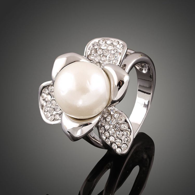 Classic Genuine Austrian Crystals Sample Sales White Gold Plated Simulated Pearl Ring Jewelry Party Women
