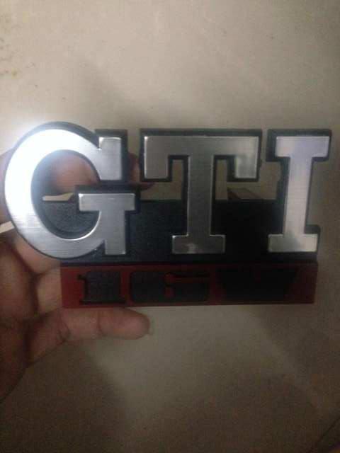 87f99a4e2bede1 Car VW MK2 MK1 GTI 16V Grille Emblem for VW GOLF GTI 16V Car Grille Grill  Badge GOLF Matt CHROME 3D ABS Badge Silver or black