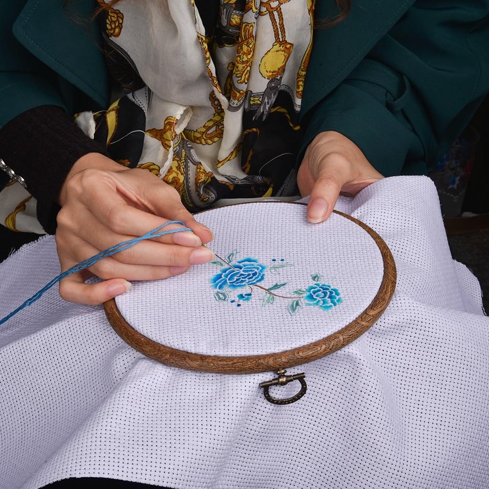 1Pc Wooden Hand Embroidery Hoop Round Cross Stitch Frame Needlecrafts DIY Craft