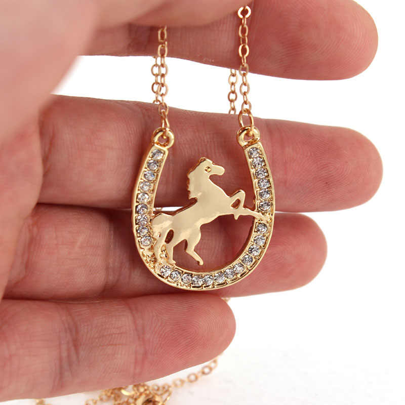 hzew new running horse and Horseshoe pendant necklace