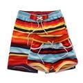 2017 caliente de secado rápido hombres y mujeres cortocircuitos de la marca del verano ropa casual geométrica shorts hombres sea junta cortocircuitos de la playa