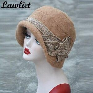 Image 3 - Lawliet פרח תקליטונים נשים חורף כובע צמר מגבעות לבד דלי כובעי אפור שחור גטסבי בציר סגנון קלושים כובעי כנסיית A374