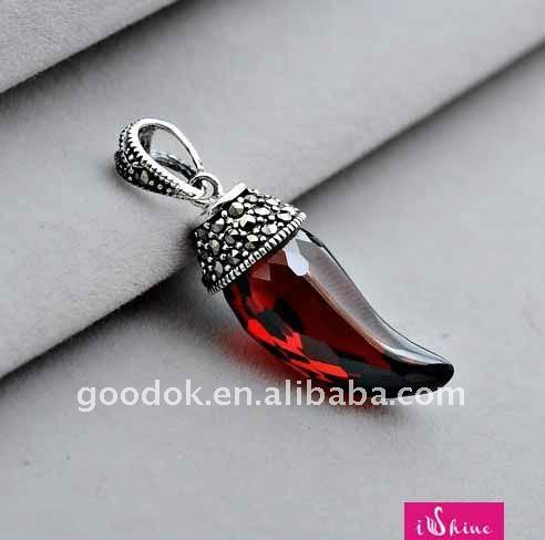 fashion 925 silver necklaces pendant with garnet
