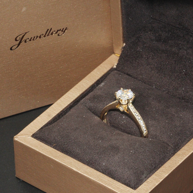 14K Yellow Gold 1CT Round Cut Lab Grown Diamond Ring