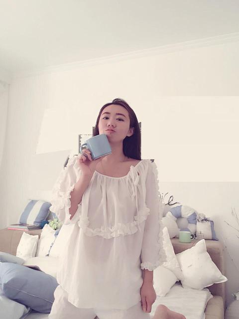 2016 Mujer Otoño Pijama de otoño de Alta Calidad Sólido Blanco Floral Lindo de Dormir Trajes de Las Muchachas del Chándal de Invierno