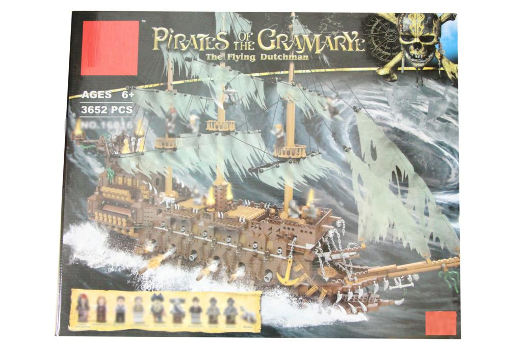 3652pcs Pirates Of The Caribbean Blocks Pirates Of The Flying Dutchman  DIY Childrens Toys Great birthday Gifts3652pcs Pirates Of The Caribbean Blocks Pirates Of The Flying Dutchman  DIY Childrens Toys Great birthday Gifts