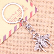 20pcs New Fashion Keychain 26x25mm bee bug Pendants DIY Men Jewelry Car Key Chain Ring Holder Souvenir For Gift 20pcs new fashion keychain 39x26mm car vw bug beetle herbie pendants diy men jewelry car key chain ring holder souvenir for gift