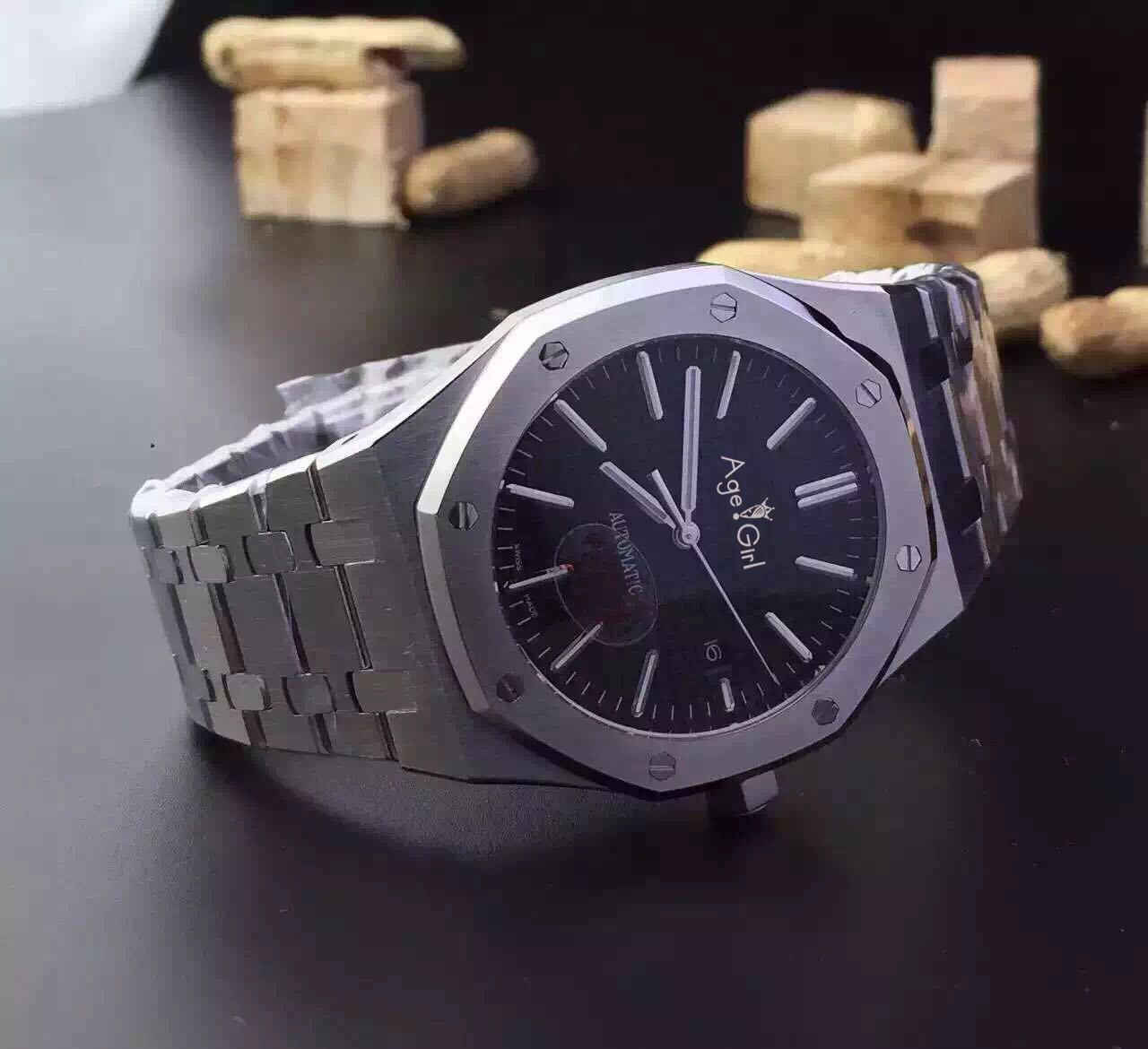 Mens Watch Stainless Steel Strap Automatic Mechanical Movement Back Glass AAA+ Quality Sapphire