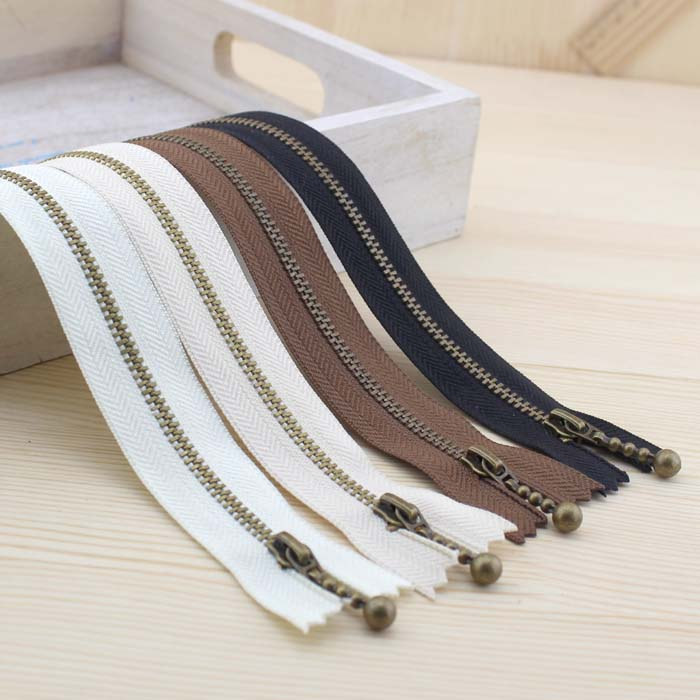 10Pcs / Lot 4Colors 3 # Metal Zippers Vintage Lighting Lifting Zipper - Τέχνες, βιοτεχνίες και ράψιμο