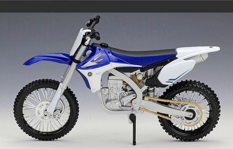 Yamaha YZ450F Model Motorcycle 3