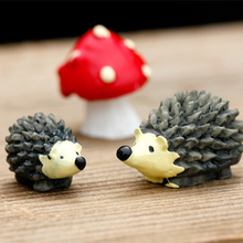Mini Action-Toy-Figures Artificial-Hedgehog Mushroom Crafts Terrarium-Resin with Red
