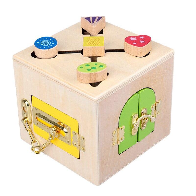 Wooden toys Montessori Educational Enlightenment teaching aid lock game Invigorating hand eye coordination toy lock gif