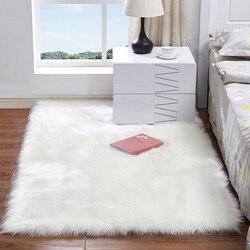 Miękkie sztuczne dywan z owczej skóry krzesło pokrywa sztuczna wełna ciepły włochaty dywan futro puszyste dywany Home Decor 60*120 cm w Dywany od Dom i ogród na