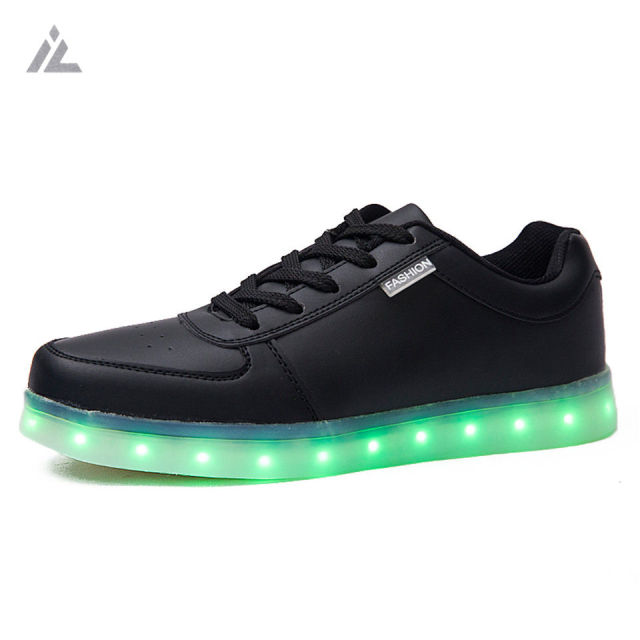 iVog Led Shoes Men 2016 Fashion Light High-quality Casual Shoe Outdoor Mens Travel Dance Led USB Charge Man Shoes White