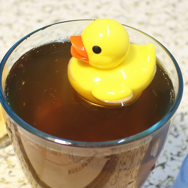 30 PCS NEW HOT cuty Floating Duck Tea Infuser Make Favourite Loose ...