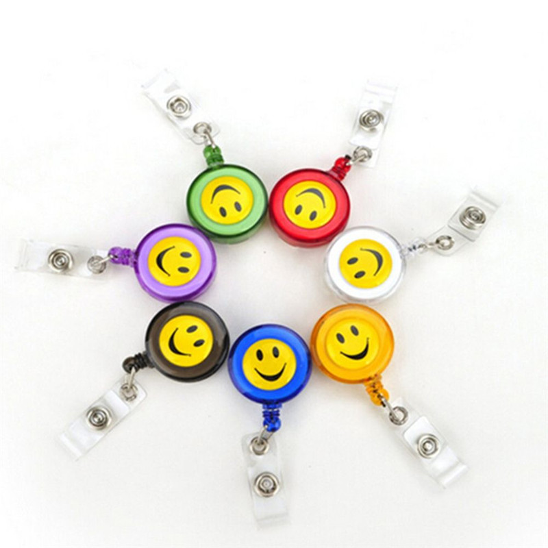4 PCS Smiley Face Pull Buckle Design Smiling Face ID Holder Name Tag Card Key Badge Holder Retractable Round Office Supplies design id обои wnp wallcovering pavilion 11006 4