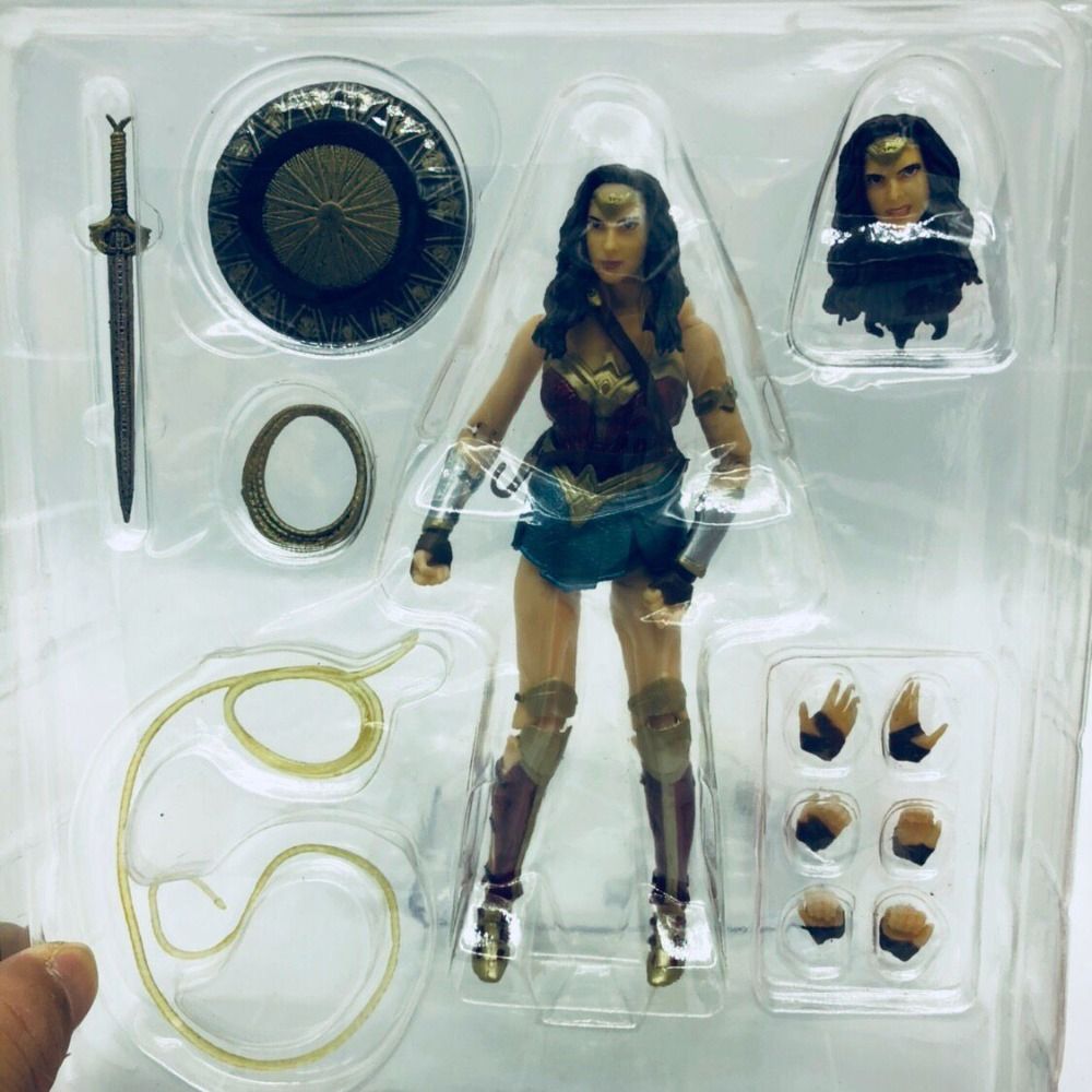 DC Justice League Super Hero MAFEX MAF Batman 056 Flash 058 Wonder Woman 048 Superman 057 Spiderman 047 Action Figure Toy Doll (35)