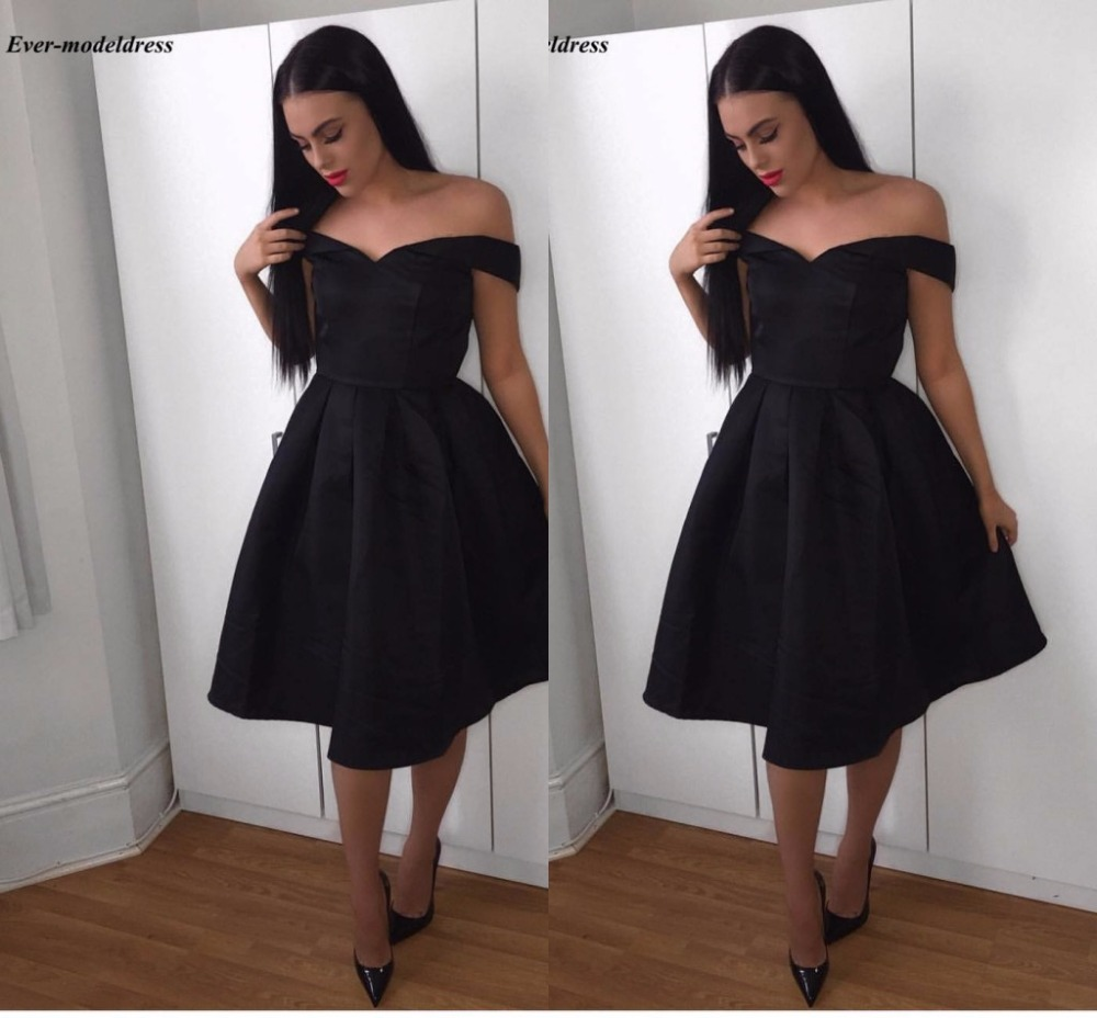 Simple Black   Bridesmaid     Dresses   For Wedding 2019 V Neck Off Shoulder Knee Length Sleeveless Formal Wedding Guest Party Gowns