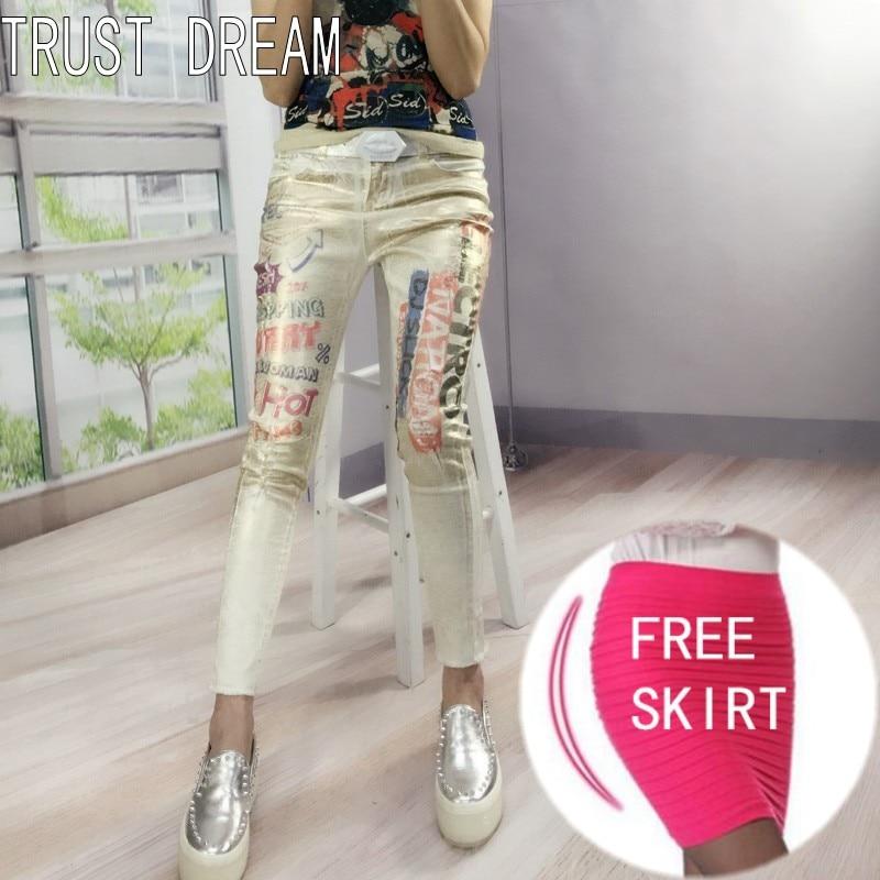 все цены на TRUST DREAM Super Girl European Style Women Slim Print White Jeans Coating Vintage Prainted Letter Amazing Fashion Casual Jeans онлайн