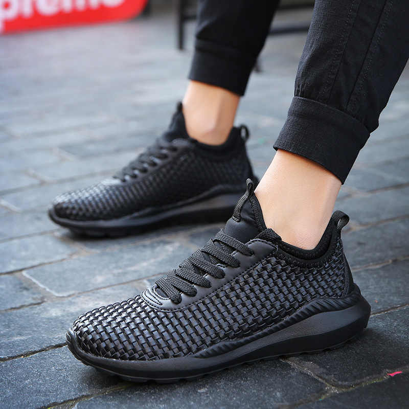 通気性のランニングシューズ男黒白スポーツ靴男性 Zapatos Corrientes デ Verano に Chaussure オム · デ · ブランドスニーカー男性