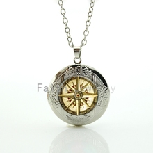 Old World Sailing Compass Nautal Ocean Sea Ship pendant vintage beige compass pattern locket necklace seaman jewelry HH297
