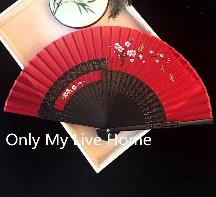 Handgeschilderde asymmetrie Chinese Fan Decoratie Classic Opengewerkte Bamboe Vouwen Ventilator Vrouwen Traditionele Ambachtelijke Zijden Hand Fan Bruiloft-in Decoratieve Ventilatoren van Huis & Tuin op  Groep 1