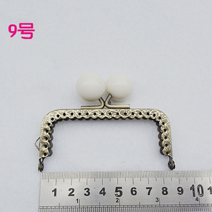Image 5 - 8.5 センチカラフルなキャンディーボールキスバックルミニストレートローレット財布フレームコイン製袋金属クラスプハードウェア 10 ピース/ロット