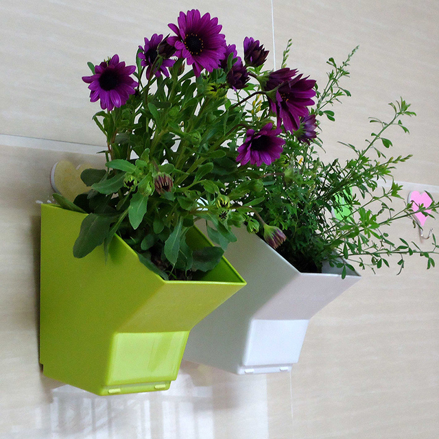 Height 15cm Plastic Flower Pot Balcony Wall Hanging Pots Home Decoration Garden Arts