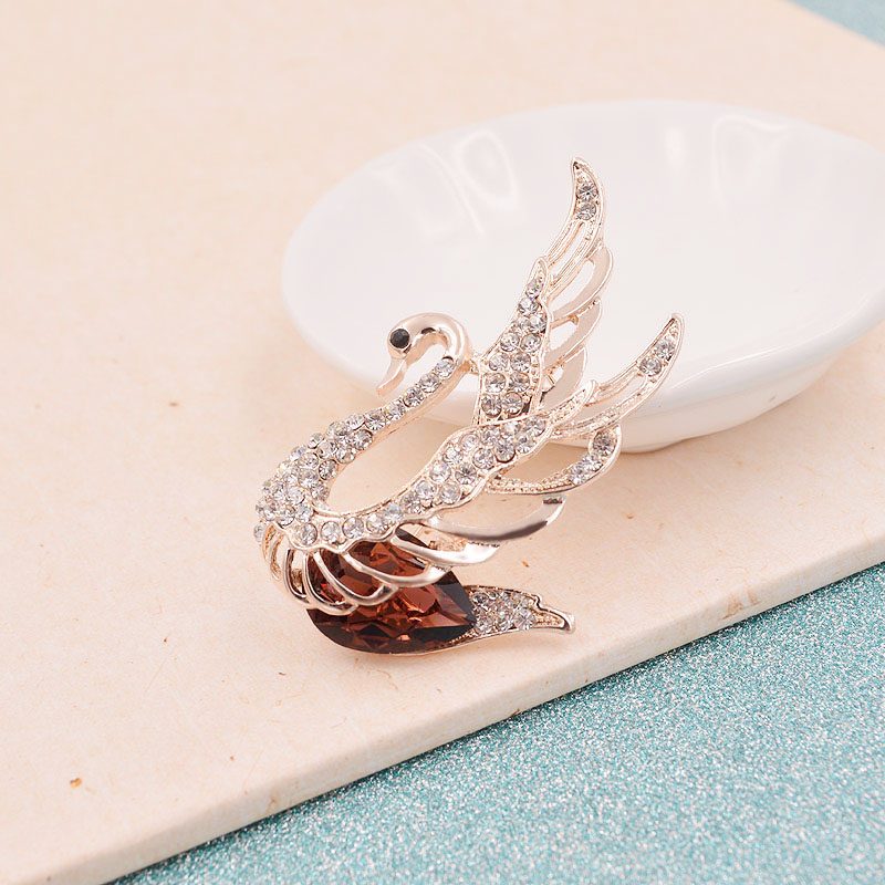 CINDY XIANG 3 Colors Choose Rhinestone and Crystal Swan Brooches for Women Elegant Animal Pins and Brooches Fashion Jewelry 19 4