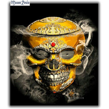 цена 5D Diy Diamond Painting Cross Stitch Smoke Of The Golden Skull Needlework Diamond Embroidery Full Round Mosaic Decoration Resin онлайн в 2017 году