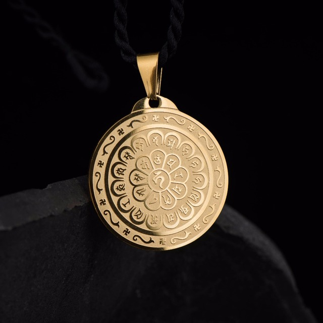 US $9 98 |316L Stainless Steel pendant necklace engraved with Ksitigarbha  Bodhisattva Eliminate the evil mantra-in Pendants from Jewelry &  Accessories