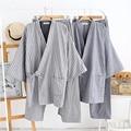 Kimono japonés trajes para hombres de la venta Caliente de algodón Tradicional Yukata pijama de manga Tres Cuartos de Los Hombres Salón Albornoz ropa de Dormir