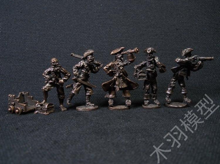 Sandbox board games run group indicator Soldier Miniatures Doll Caribin Pirates of the Caribbean co-metal model figure  5pcs/set board games