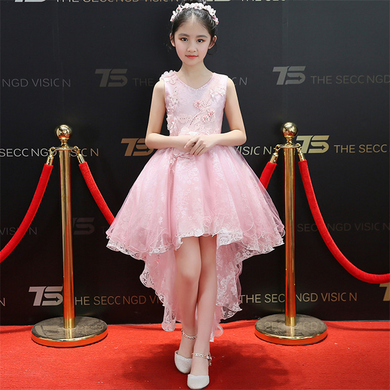 2018 Korean Sweet Children Girls Pink Color Birthday Wedding Party Flowers Princess Lace Dress Kids Babies Model Show Tail Dress 2018 new high quality children girls pure white color princess lace wedding birthday dress kids babies elegant model show dress