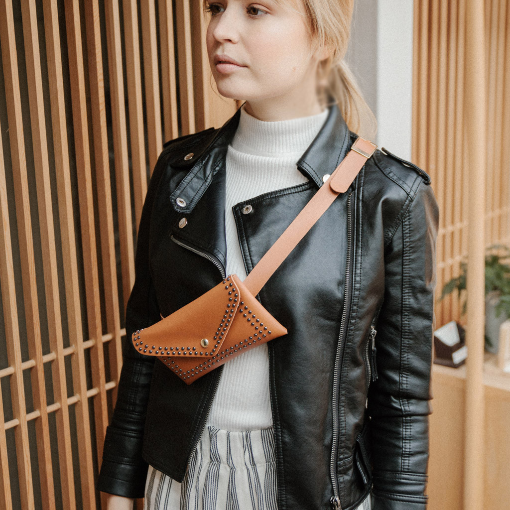Sleeper #501 2019 NEW Fashion Women Outdoor Rivets Hasp Solid Color Messenger Bag Chest Bag Waist Bag Solid Small Free Shipping