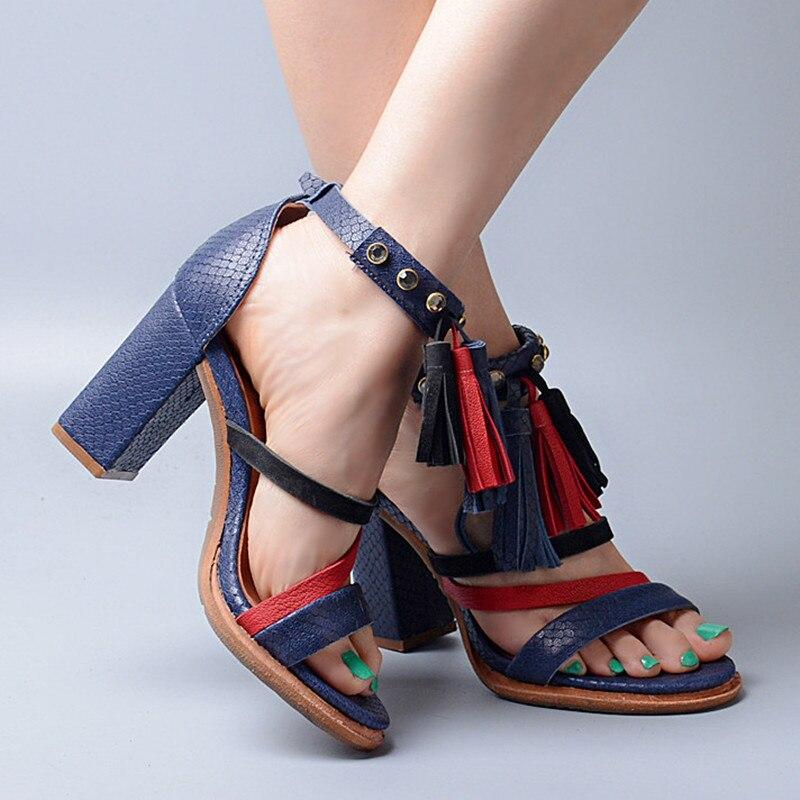 Ayakk.'ten Yüksek Topuklular'de Prova Perfetto Yaz Karışık Renk Dar Bant Ayak Bileği Toka Askı Yüksek Topuk Kadın Sandalet Peep Toe Saçak Tıknaz Topuk Ayakkabı'da  Grup 3
