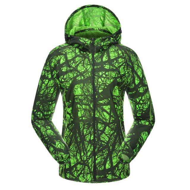 86a61f54b4 Men Women Camo Ski-wear Skin Coat Outdoor Sports Climbing Clothing  Ultralight Wind Jacket Cycling Jacket Trekking Jacket