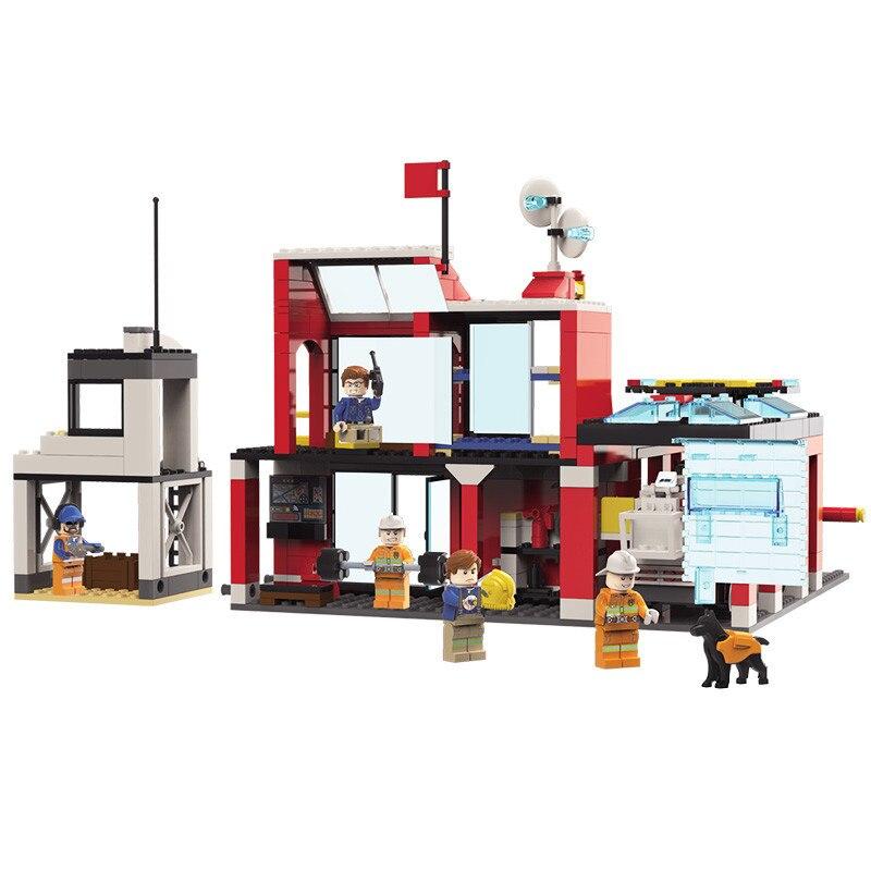 523pcs เด็กการศึกษาอาคารบล็อกของเล่นเข้ากันได้กับ Legoingly city Fire Series Fire Station DIY ตัวเลขอิฐของขวัญ-ใน บล็อก จาก ของเล่นและงานอดิเรก บน   2