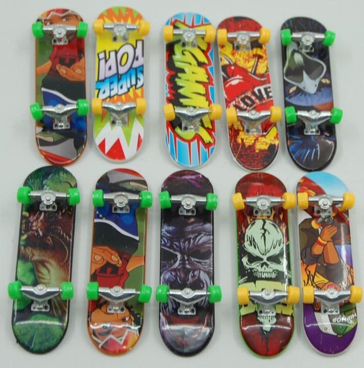10PCS/LOT Aluminum Mini Finger Skateboards Unti-smooth Fingerboard Boys Toy Finger Skate Free shipping