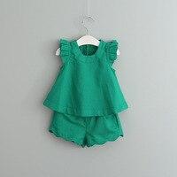 Nouveau 2017 haute qualité Filles Vêtements Définit Été Enfant Filles Tenues enfants pétale manches gilet + Shorts 2 PCS Set vert/blanc