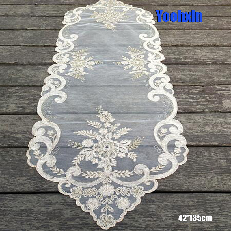 European Pink Lace Bed Table Runner Cover Cloth Embroidered Placemat Tea Dining Tablecloth Coffee Party Wedding Kitchen Decor