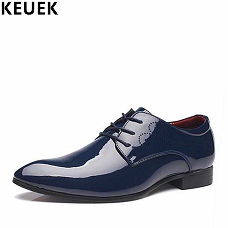 Fashion Male Flats Casual Leather shoes Men Business dress shoes Pointed Toe Lace Up Oxford shoes Black Blue White Red 01B 2017 new oxford for men dress genuine leather black red office zapatos lace up pointed toe the trend of black leather shoes